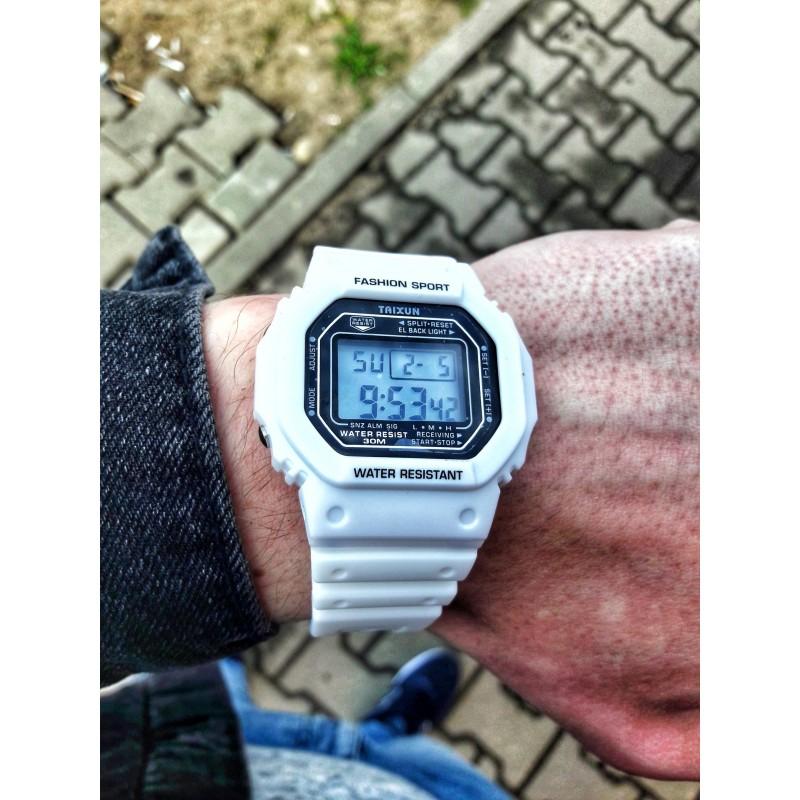 Часы Casio G-SHOCK GS-1105