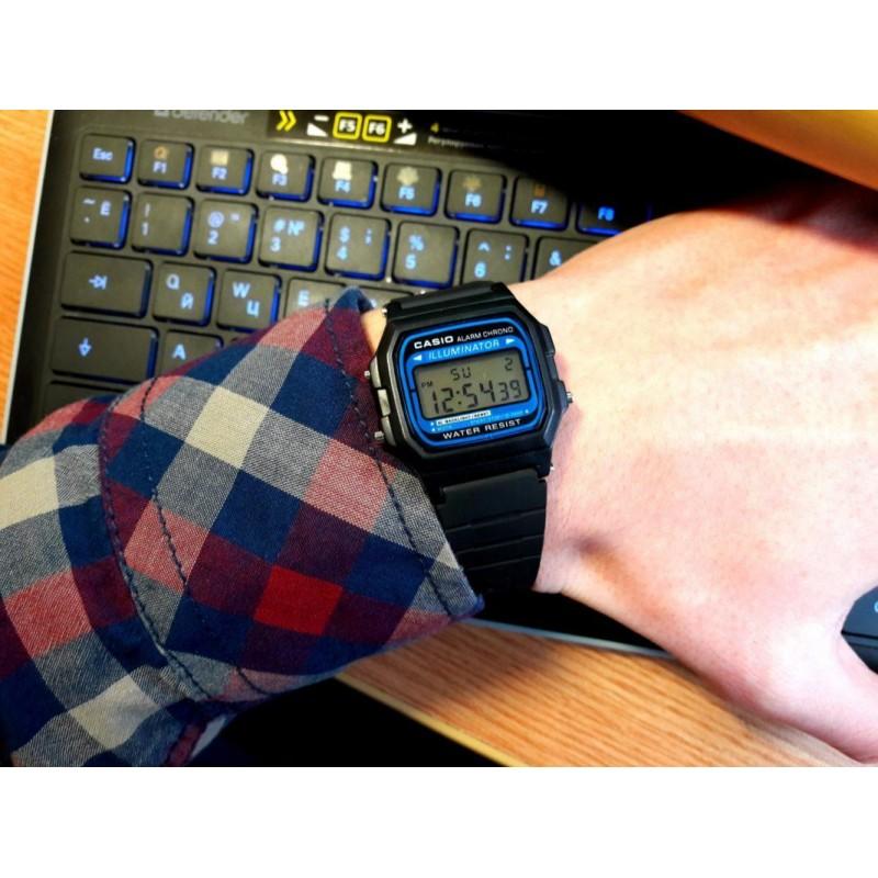 Часы Casio электронные C - 1005